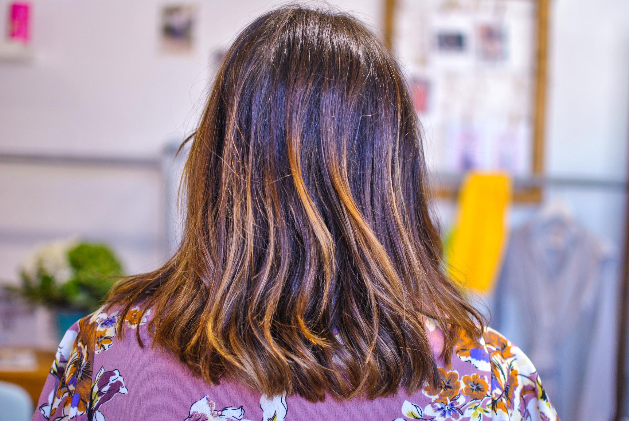 Nouvelle coupe de cheveux pendant l'atelier image de soi & relooking sur Aix-en-Provence