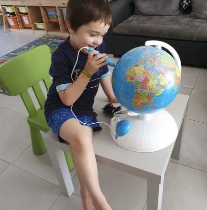 globe interactif, jeux pour enfants